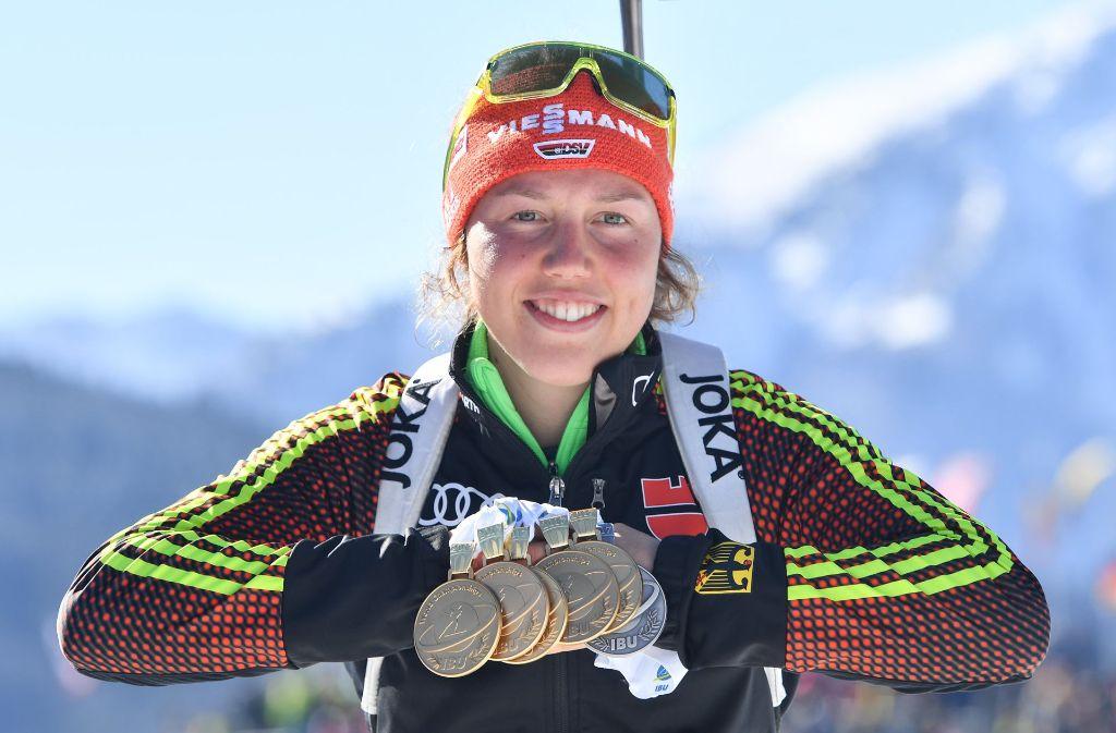 Biathlon-Königin Laura Dahlmeier gewinnt die Verfolgung in Annecy. Foto: dpa