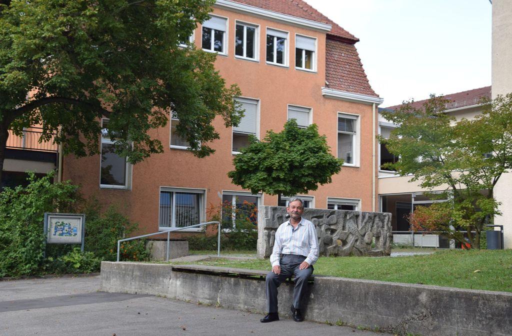 Der Rektor Guntram Haag kritisiert den Sanierungsstau an seiner Schule. Foto: Alexandra Kratz