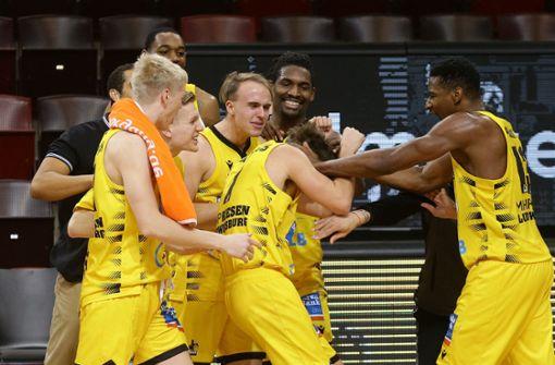 Last-Minute-Sieg gegen Ulm – MHP Riesen bleiben Spitzenreiter