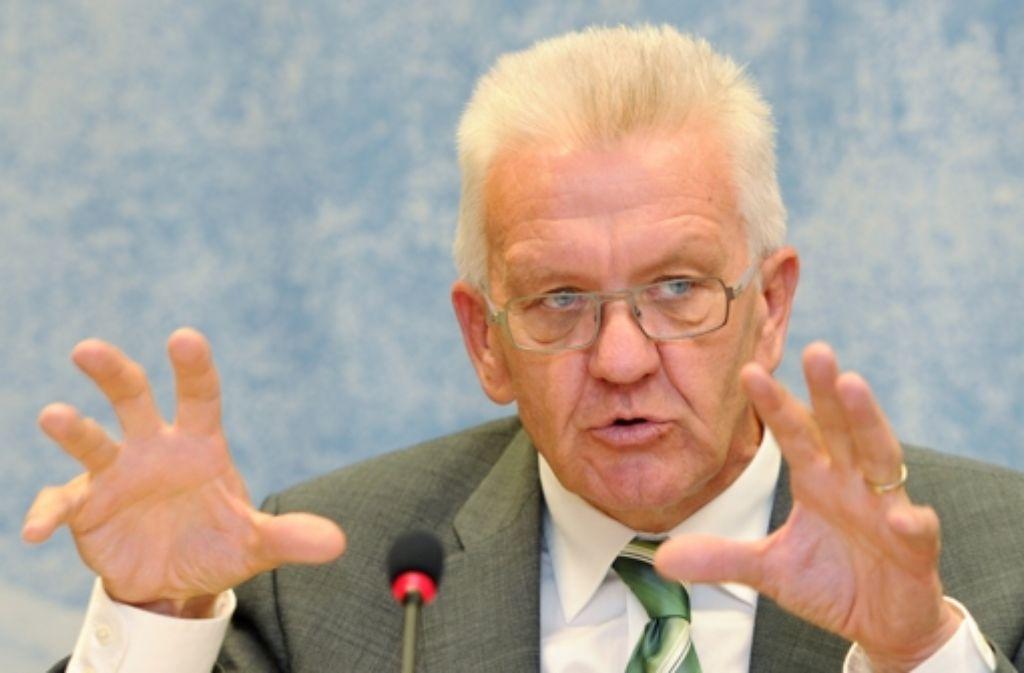 Ministerpräsident Winfried Kretschmann kann den Streit um Stuttgart 21  beenden. Foto: dpa