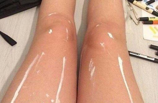 Glänzen die Beine oder nicht?