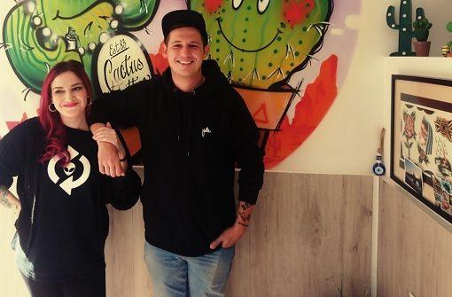 Rapper Sickless lässt sich nur von seiner Schwester tätowieren