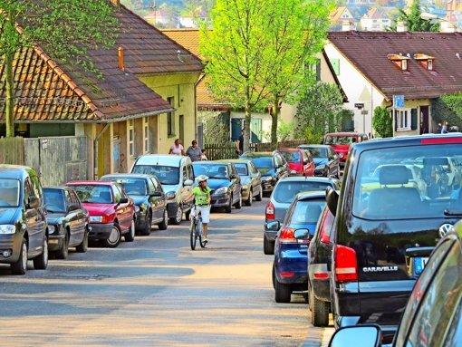 In der Stadt unterwegs zu sein bedeutet nach Meinung von Fritz Kuhn nicht allein aufs Auto zu setzen. Er will die Stadt an sämtliche Formen der Mobilität anpassen. Foto: Heike Armbruster