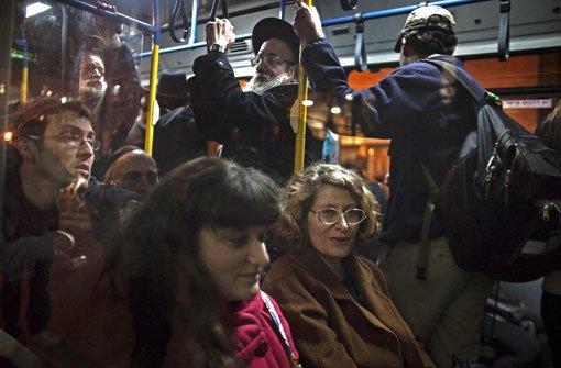 Bei den Frommen sitzen Frauen hinten