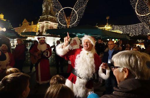 Pur singt auf dem Weihnachtsmarkt