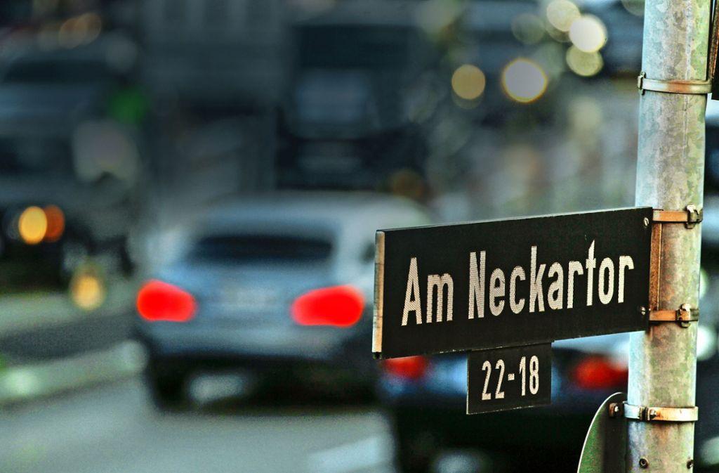 Am Neckartor soll es bald noch mehr Messanlagen für Stickstoffdioxid sowie einen neuen Straßenbelag geben. Foto: Lichtgut/Leif Piechowski