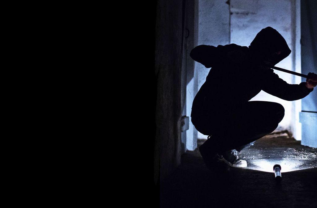 Als die Polizei kommt, ist der Einbrecher weg. Foto: picture alliance / Silas Stein/d