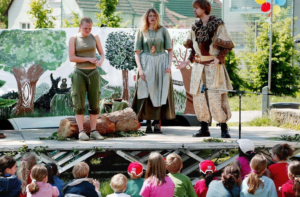 Vor einigen Jahren gab es beim Kinderferienprogramm in Degerloch ein Theaterstück der Schauspielschule Live Act Foto: Michael Steinert