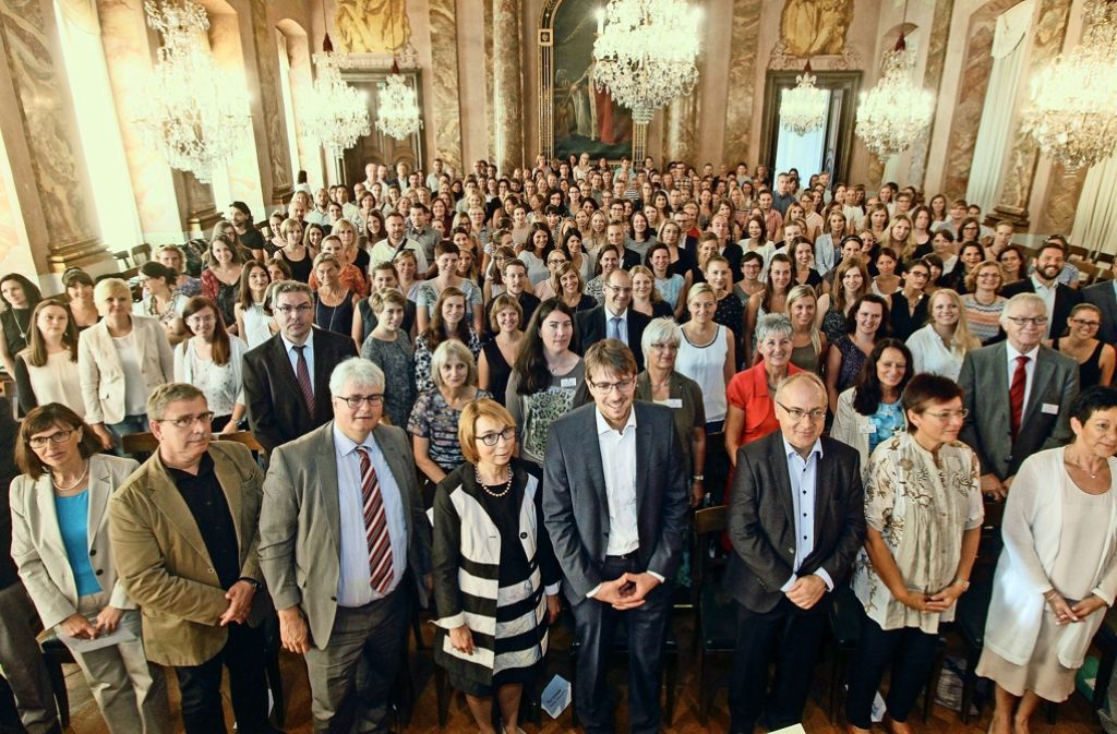 262 neue Lehrer haben jüngst mit einer Feier im Ludwigsburger Schloss ihren Dienst aufgenommen. Doch einige Stellen sind noch unbesetzt. Foto: factum/Bach