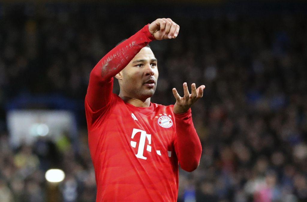 Chefkoch Serge Gnabry: Der Stürmer des FC Bayern bejubelt eines seiner Tore.  Foto: AP/Frank Augstein Foto: