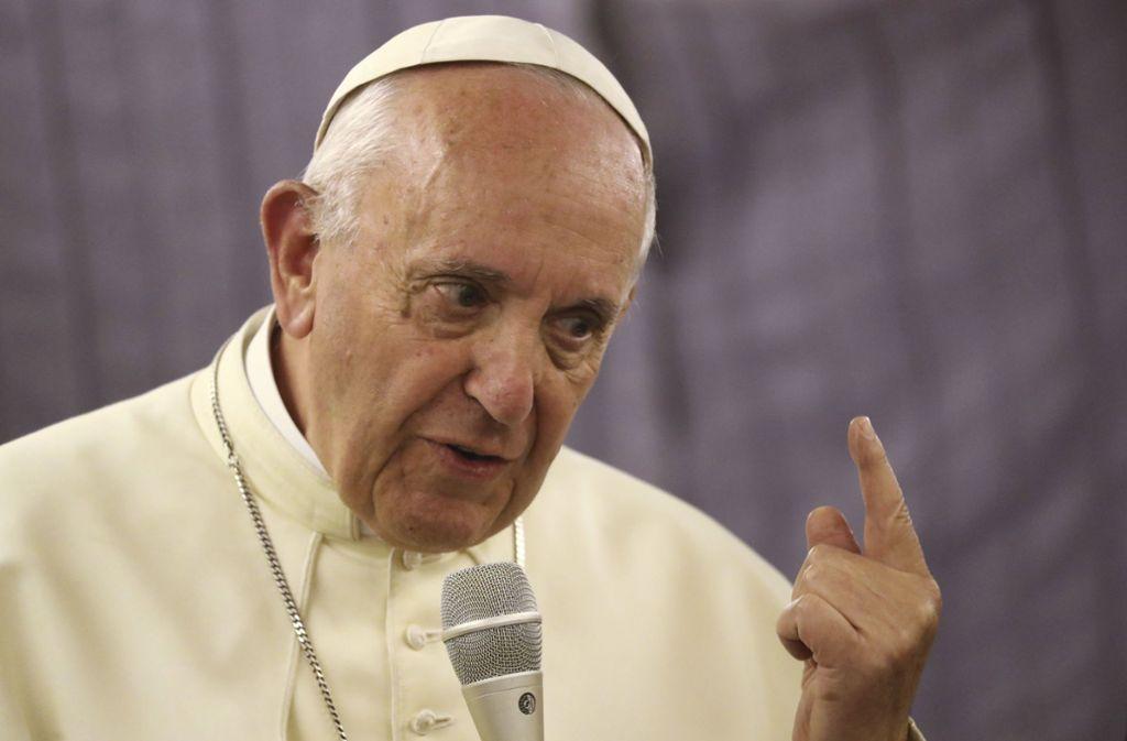 Die Hölle existiere, auch der Papst bezweifle das nicht, stellt der Vatikan klar. Alle anderslautenden Behauptungen seien falsch. Foto: AP