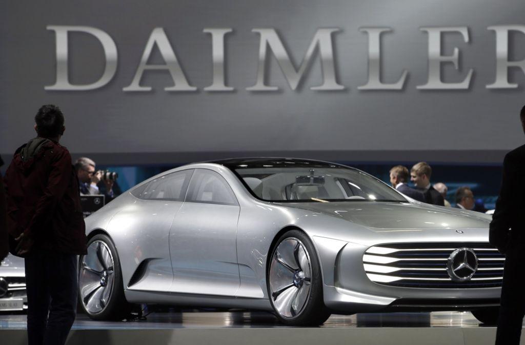 Nach einem verlorenen Rechtsstreit über eine Sonderausstattung bei Cabrios darf Daimler bestimmte offene Modelle in Deutschland nicht mehr verkaufen. Foto: AP