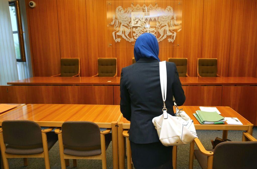 Richterverbände  können sich ein Kopftuchverbot für Richterinnen vorstellen. Foto: dpa