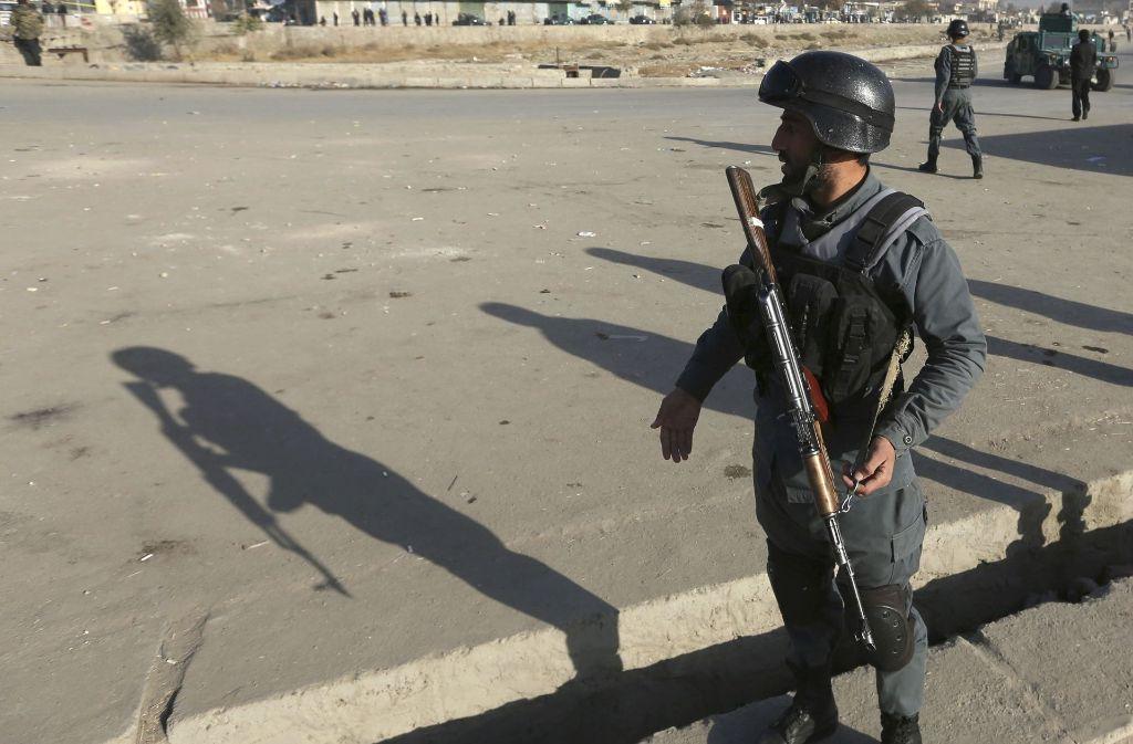 Ein hochrangiges Mitglied der Terrormiliz Islamischer Staat (IS) ist in Afghanistan bei einem US-Drohnenangriff getötet worden. (Symbolbild) Foto: AP