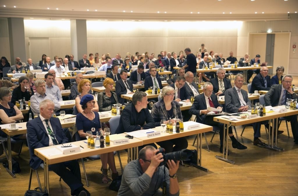 Die Regionalversammlung tagt – dafür gibt es Sitzungsgfeld Foto: Horst Rudel