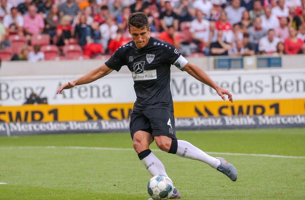 Es ist noch ungewiss, wann Kapitän Marc Oliver Kempf ins Mannschaftstraining des Fußball-Zweitligisten VfBStuttgart zurückkehren wird. Foto: Pressefoto Baumann
