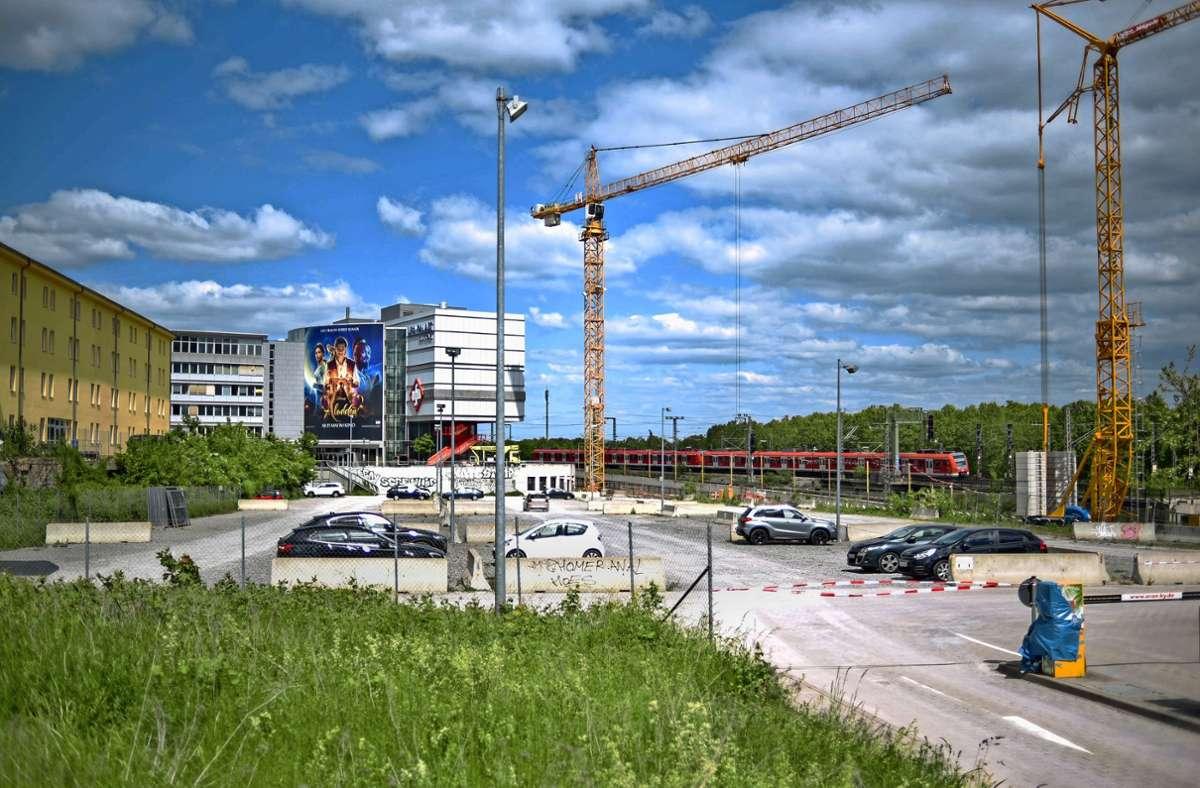 Noch ist nicht entschieden, was mit dem ehemaligen Kinogebäude passieren wird, das auch aufgrund der Corona-Pandemie schließen musste. Foto: Lichtgut/Max Kovalenko