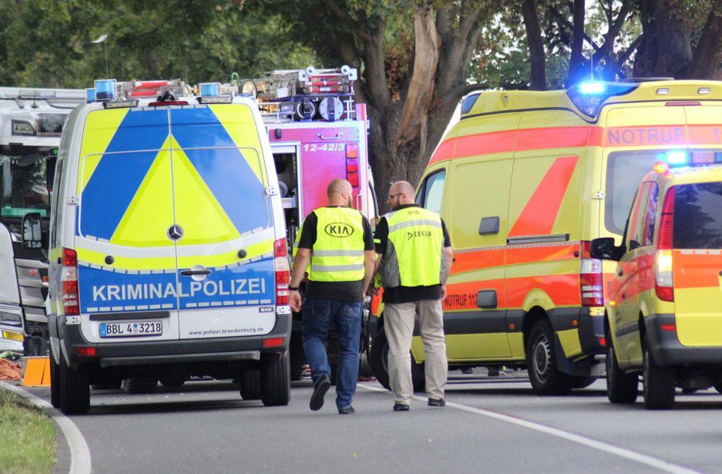 Für die drei Autoinsassen aus Herrenberg kam jede Hilfe zu spät. Foto: dpa