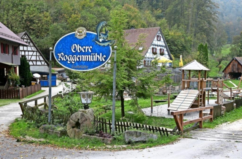Ausflugslokale wie die Obere Roggenmühle  zwischen Schnittlingen und Eybach haben  im Kreis zwar noch ihr Auskommen, doch an anderen Standorten im Kreis Göppingen sehen sich immer mehr Gastronomen von Vereinsfesten bedrängt. Foto: Horst Rudel