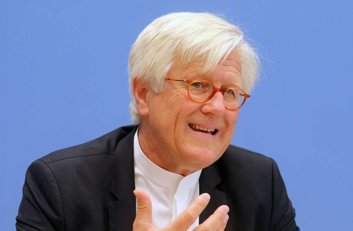 Heinrich Bedford-Strohm muss viele Austritte vermelden. Foto: dpa/Wolfgang Kumm