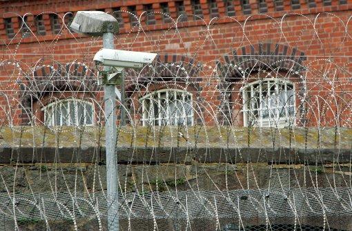 Hunderte Handys in Gefängnissen beschlagnahmt