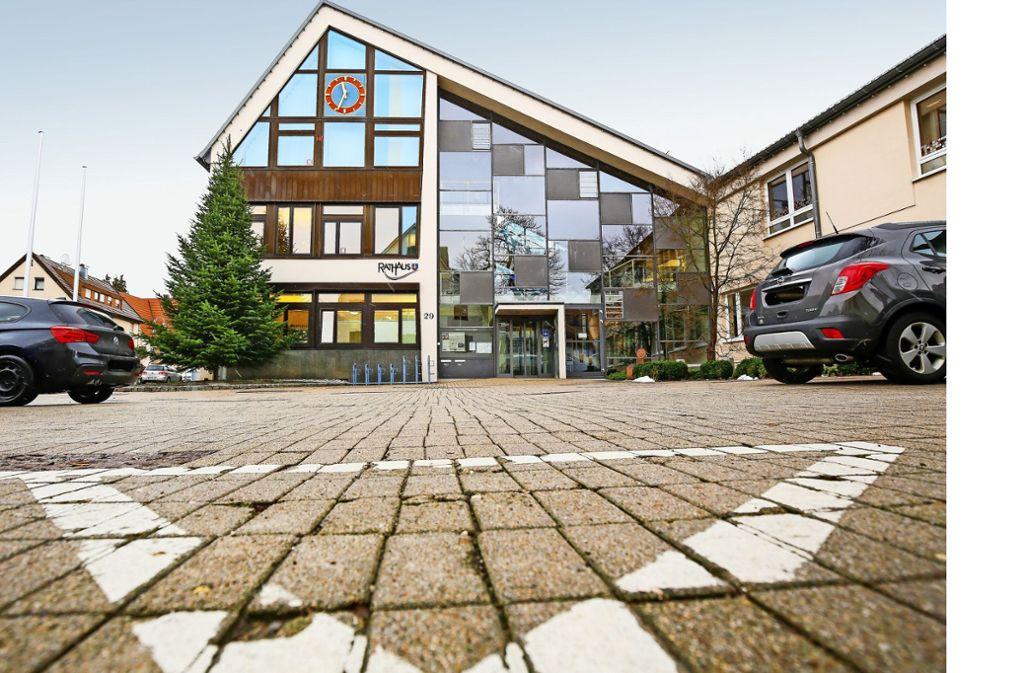 Das Ehninger Rathaus ist zu klein geworden, außerdem ist es nicht barrierefrei. Foto: factum/Granville
