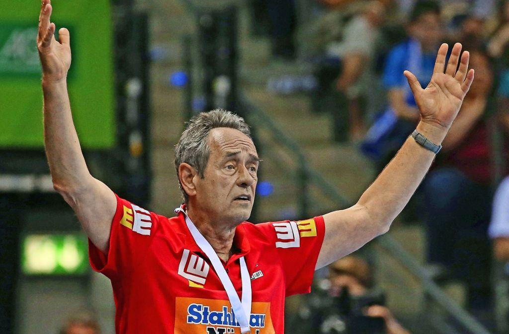Trainer Rolf Brack und Frisch Auf Göppingen: Eine Verbindung, die offensichtlich nicht zusammenpasst. Foto: Baumann