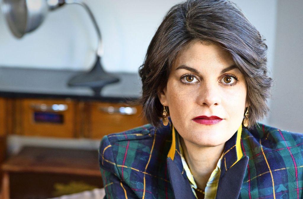 """Nora Krug arbeitet unter anderem für die """"New York Times"""" und den """"Guardian"""". Foto: Nina Subin"""