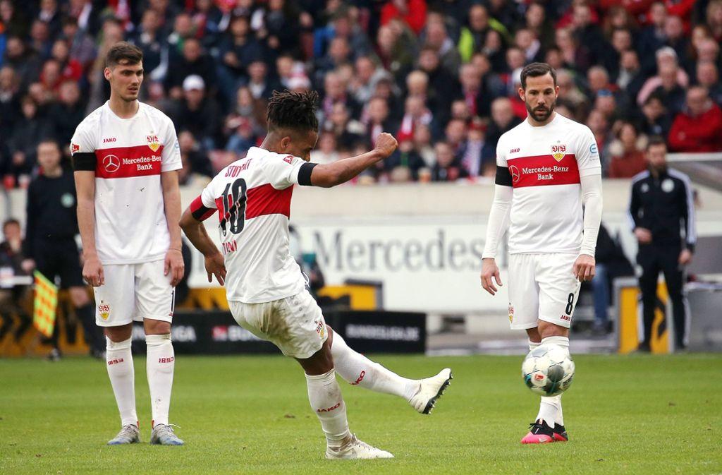 """Daniel Didavi ist unser """"Spieler des Spiels"""" beim 2:0-Heimsieg des VfB Stuttgart gegen Jahn Regensburg. Foto: Pressefoto Baumann/Julia Rahn"""