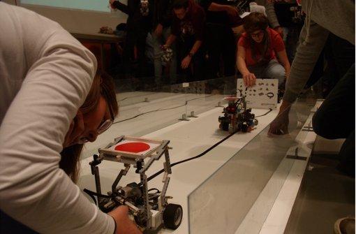 Beim Roboterbau sind die Schüler unschlagbar