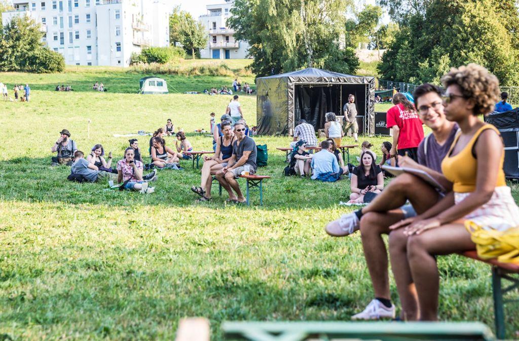 Zum 40. Mal zieht das Umsonst & Draußen dieses Jahr auf die Vaihinger Uniwiese. Foto: Lichtgut/Julian Rettig