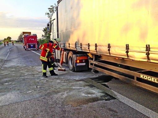 Diesel-Lache stoppt Berufsverkehr