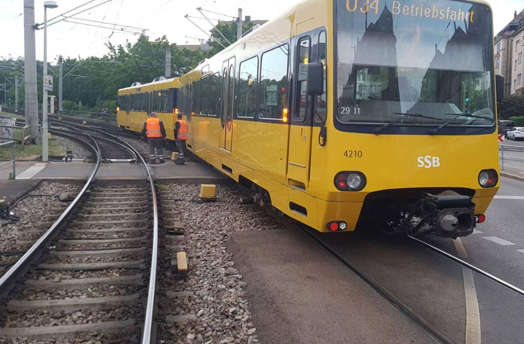 Eine entgleiste Stadtbahn sorgt am Freitagabend für Behinderungen im Stuttgarter Westen. Foto: 7aktuell.de/Marc Gruber/7aktuell.de | Marc Gruber