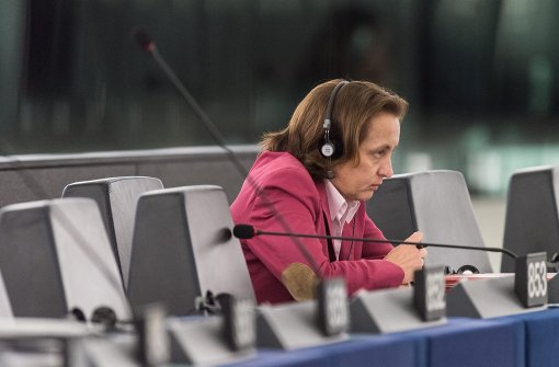 AfD-Politikerin wechselt vor Rauswurf Fraktion
