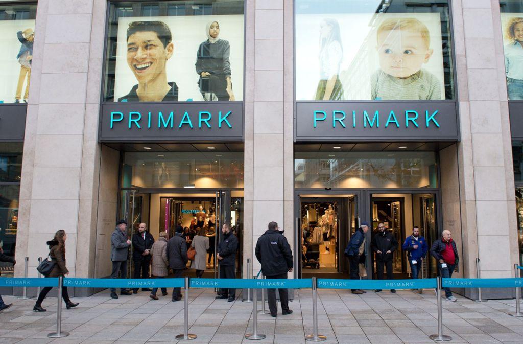 Eröffnung der Primark-Filiale auf der Königstraße im Dezember 2017 Foto: Lichtgut/Oliver Willikonsky