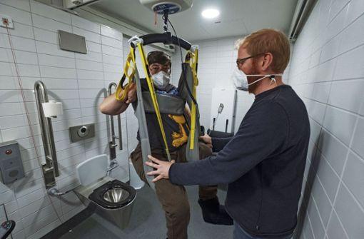 Toilette mit Lifter  nun auch in Rathausnähe