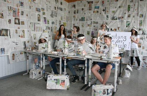 Lehrer schnuppern Tageszeitungsluft