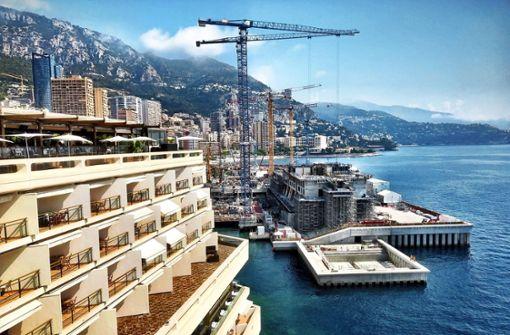 Monaco siedelt seltene Muscheln um und frisst sich ins Meer