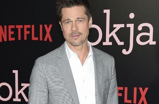 Brad Pitt schweigt auf dem roten Teppich