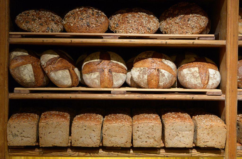 Die Brote blieben zu lange im Ofen. Foto: dpa/Rainer Jensen