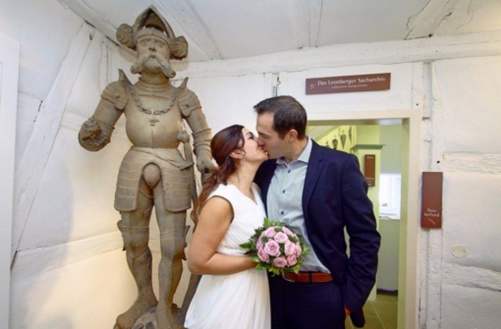 Anastasia und Peter Schad sind das erste Brautpaar im Museum. Foto: factum/Granville