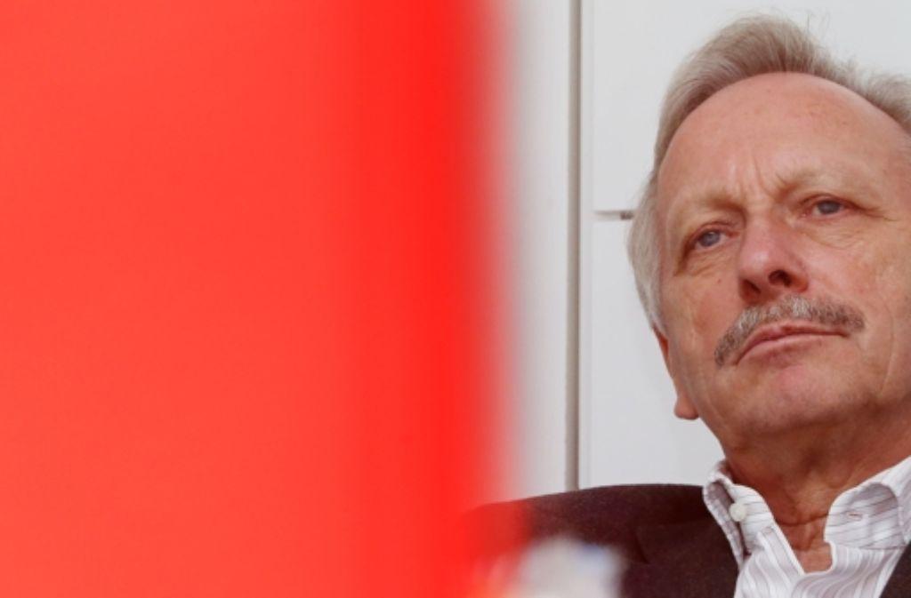 Joachim Schmidt hat die Konsequenzen aus der verweigerten Entlastung bei der Mitgliederversammlung gezogen und ist als VfB-Aufsichtsratschef zurückgetreten. Foto: Baumann