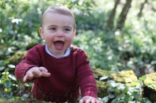 Prinz Louis zeigt zum Geburtstag seinen Zähnchen