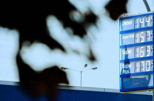 Heftige Debatte über Benzinpreise in Deutschland