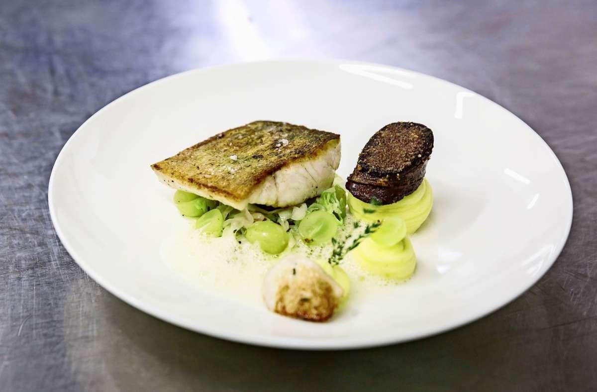 Ist das zum Mitnehmen zu viel oder ist das gerade richtig? – Ein  Gericht aus dem Restaurant Fässle in Degerloch. Foto: Lichtgut/Julian Rettig