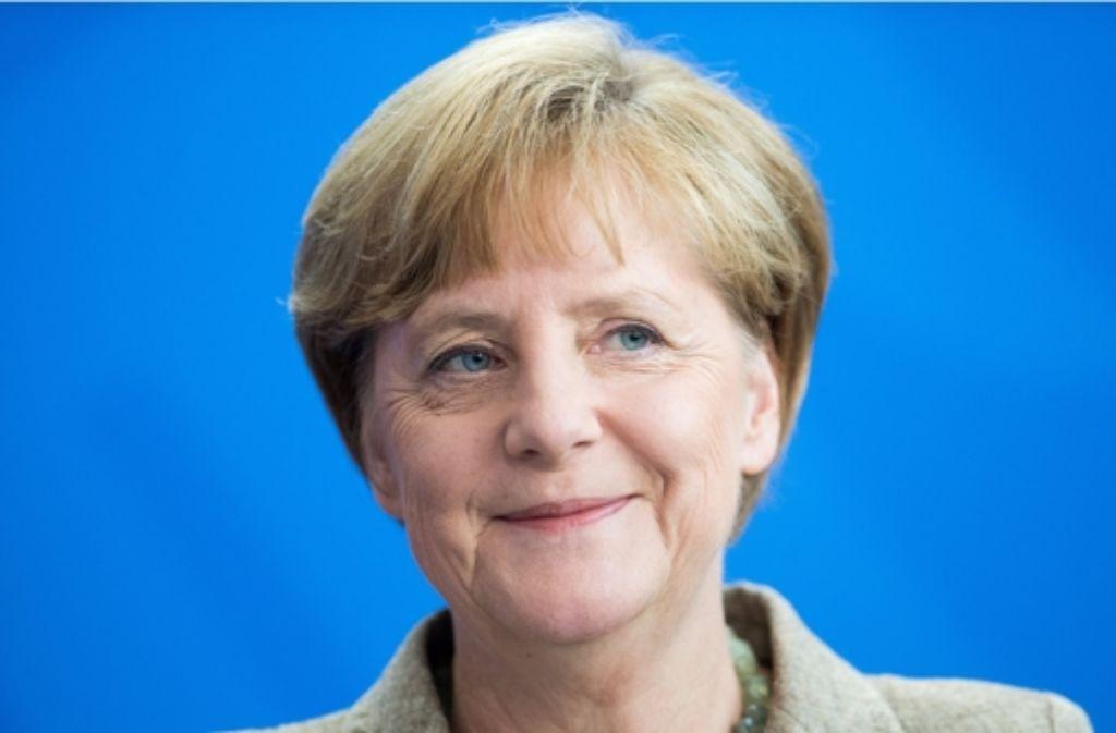 Bundeskanzlerin Angela Merkel kann zum Sechzigsten  ganz entspannt sein: Es läut zur Zeit rund für sie. Foto: dpa