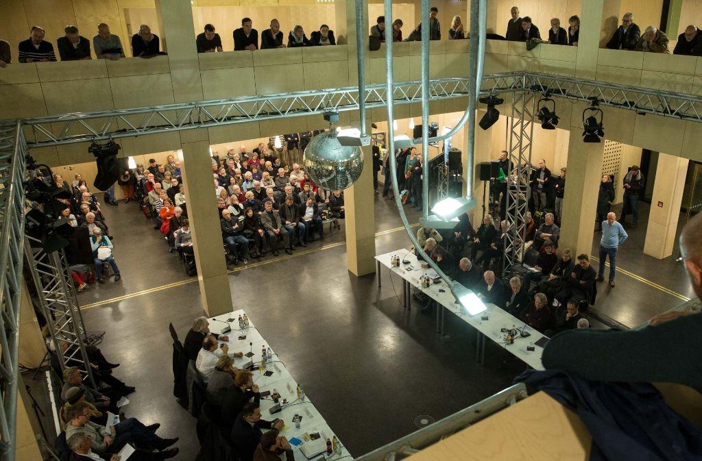 Etwa 300 Bürger verfolgten die Diskussion  über die Zukunft der Kulturmeile. Das diskutierte Konzept sehen Sie in der Bilderstrecke. Foto: Lichtgut/Leif Piechowski