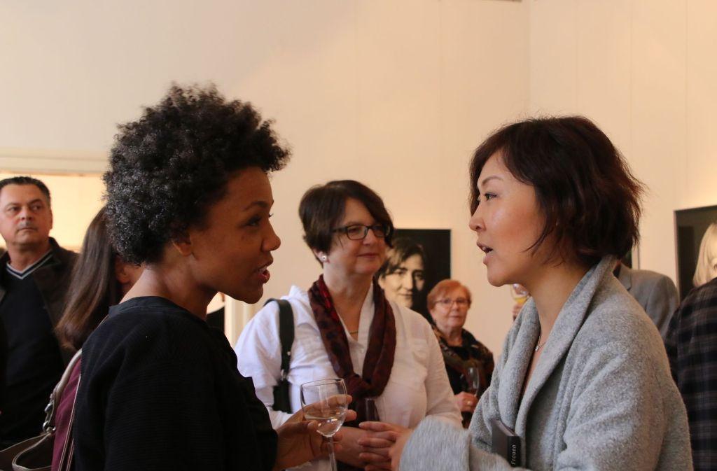 Die Musikerinnen Fola Dada (links) und Gee Hyl Lee. Foto: Klaus Schnaidt