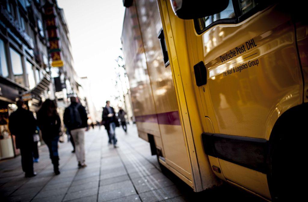 DHL-Fahrer sind meistens im Stress, aber manches Mal bleibt auch Zeit für eine freundliche Notiz. Foto: Leif Piechowski