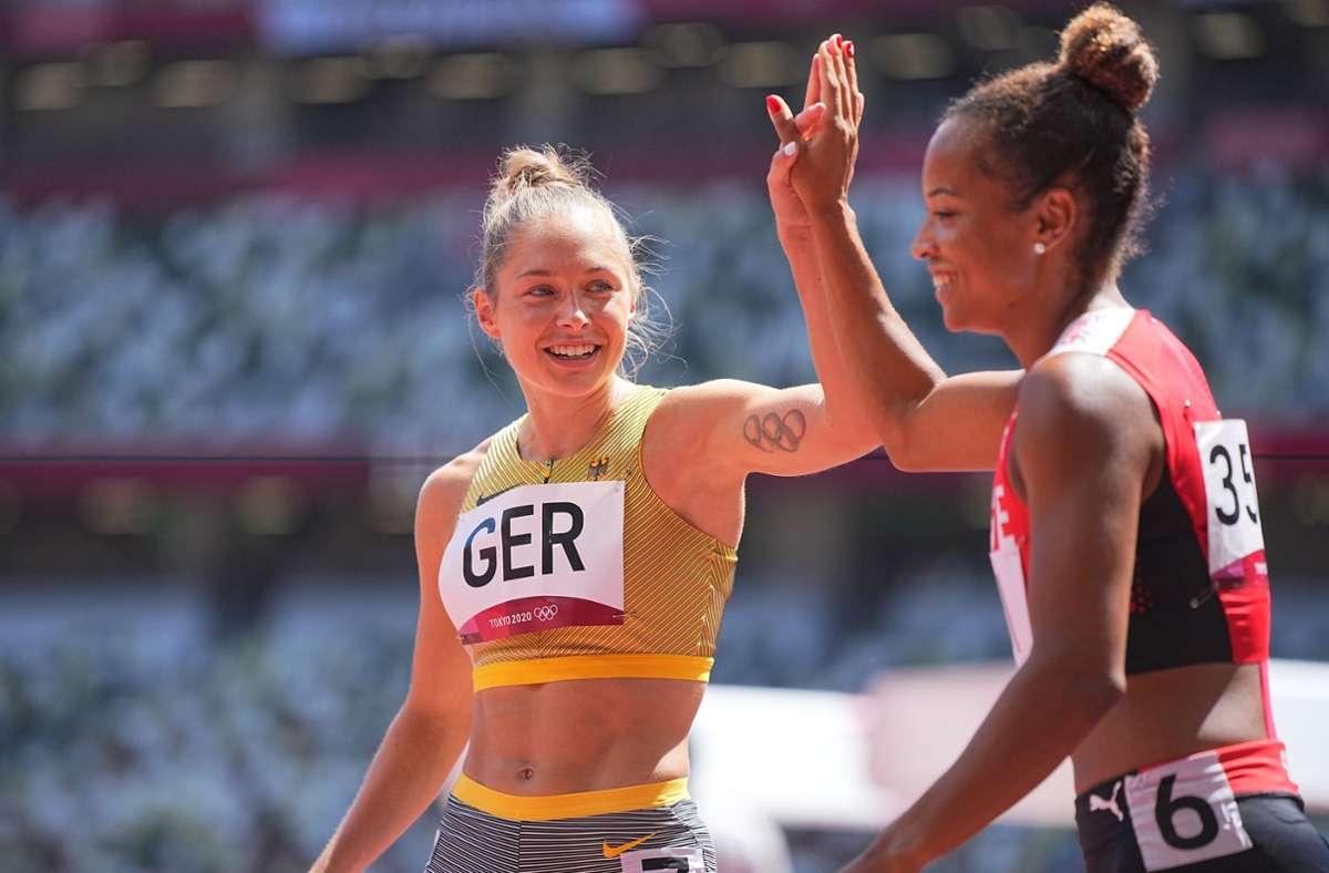 Das deutsche Sprint-Quartett um Gina Lückenkemper steht im Finale. Foto: dpa/Michael Kappeler